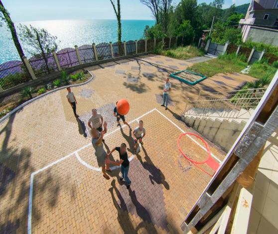 баскетбольная площадка в реб центре вершина сочи