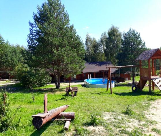 Территория реабилитационного центра Куменево