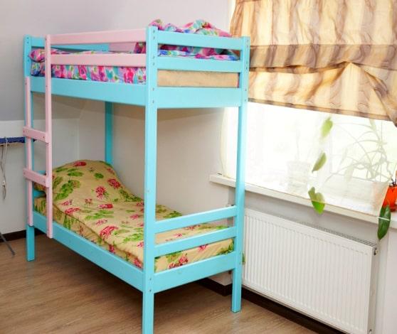 Мужская спальня в центре реабилитации для алкоголиков и наркоманов в Липецке