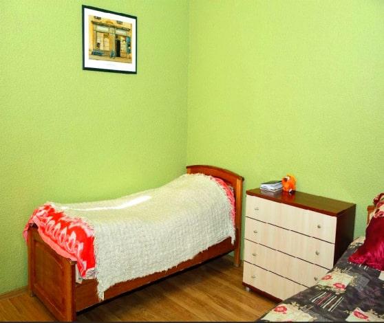 Спальные места в центре реабилитации Здоровое поколение Омск